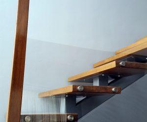 Balustrada Lemn + sticla (in Reghin)