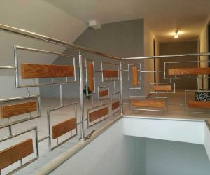 Balustrada de inox combinat cu lemn in Mestera judetul Mures 10.02.2018