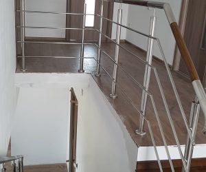 Balustrada din inox combinata cu lemn si trepte fag Cristesti 04.07.2018
