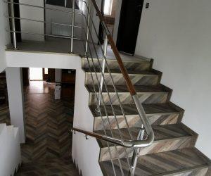 Balustrada din inox combinata cu lemn Voiniceni, Mures 20.06.2019