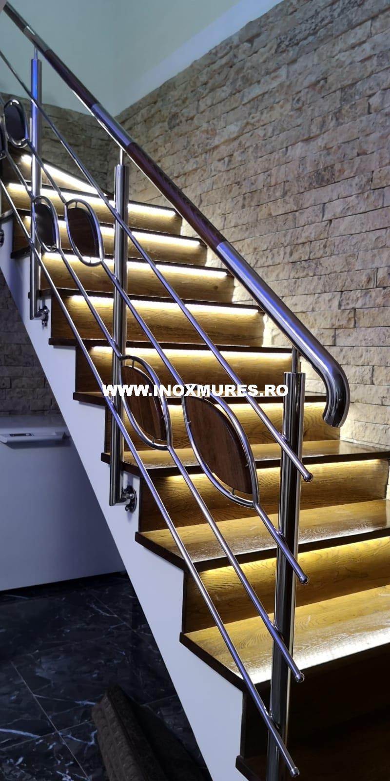 Balustrada de inox combinata cu lemn Tarnaveni 12.12.2019