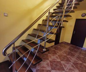 Scara metal cu trepte de fag si balustrada inox CORBU 03.02.2020