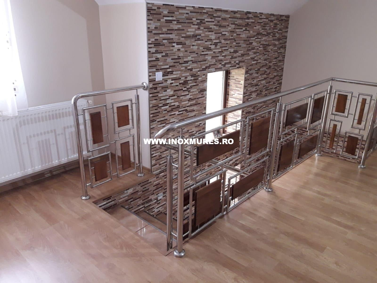 Balustrada  din inox combinata cu lemn Sarmas 10.06.2020