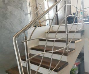 Balustrada inox si trepte din lemn masiv Saulia 05.04.2021